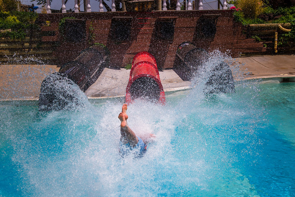 Pirates Plunge | Water World Colorado